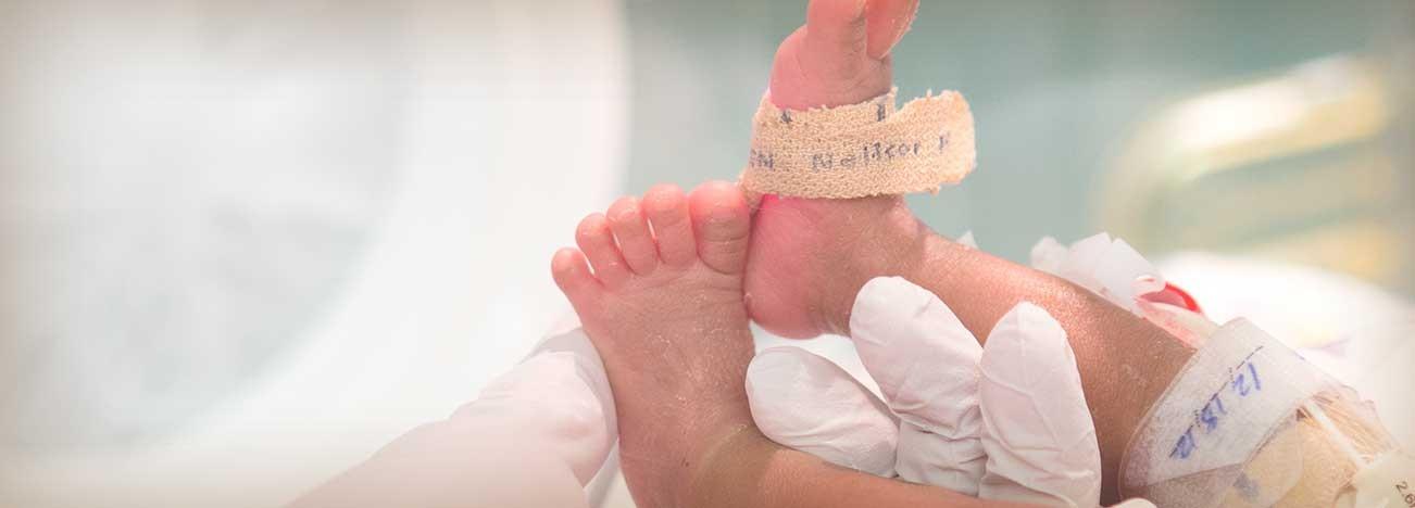 ¿Cuándo el bebé prematuro puede abandonar la UCIN?