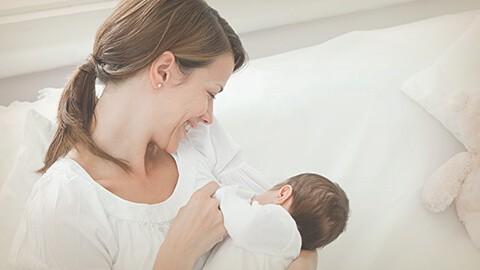 El cambio de la leche materna a través del tiempo.